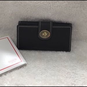 NWOT Coach Leather Wallet